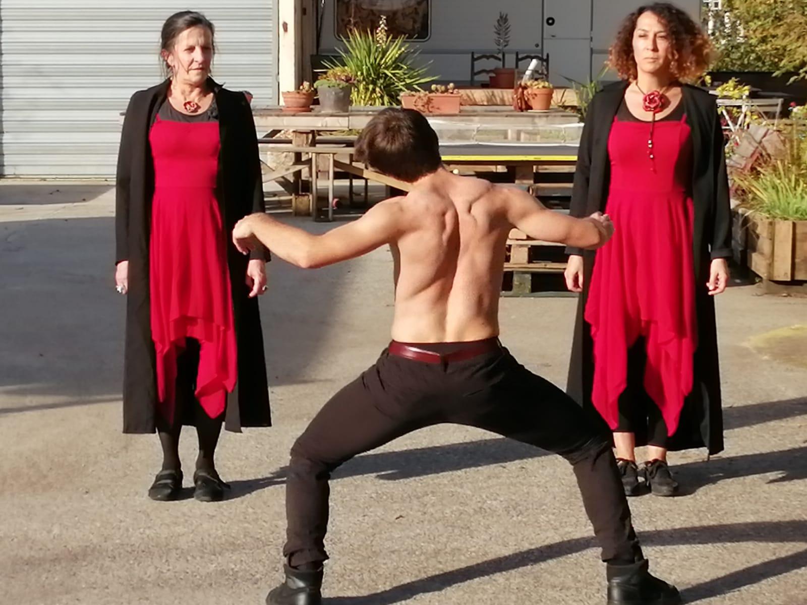 Création hip-hop / danse traditionnelle